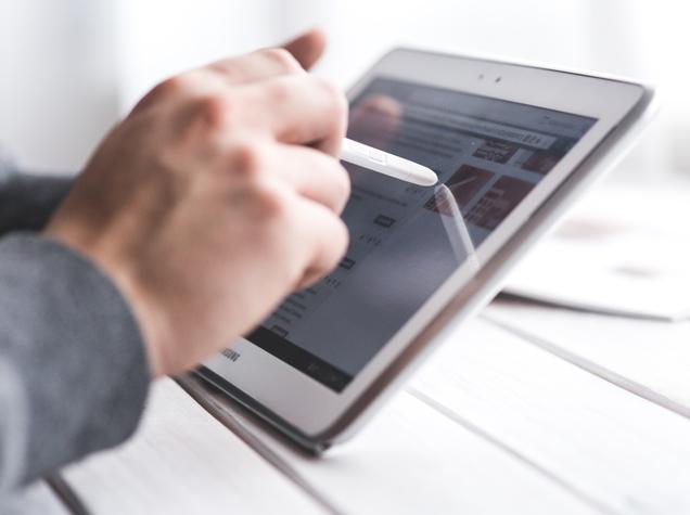 téléphones intelligents et tablettes